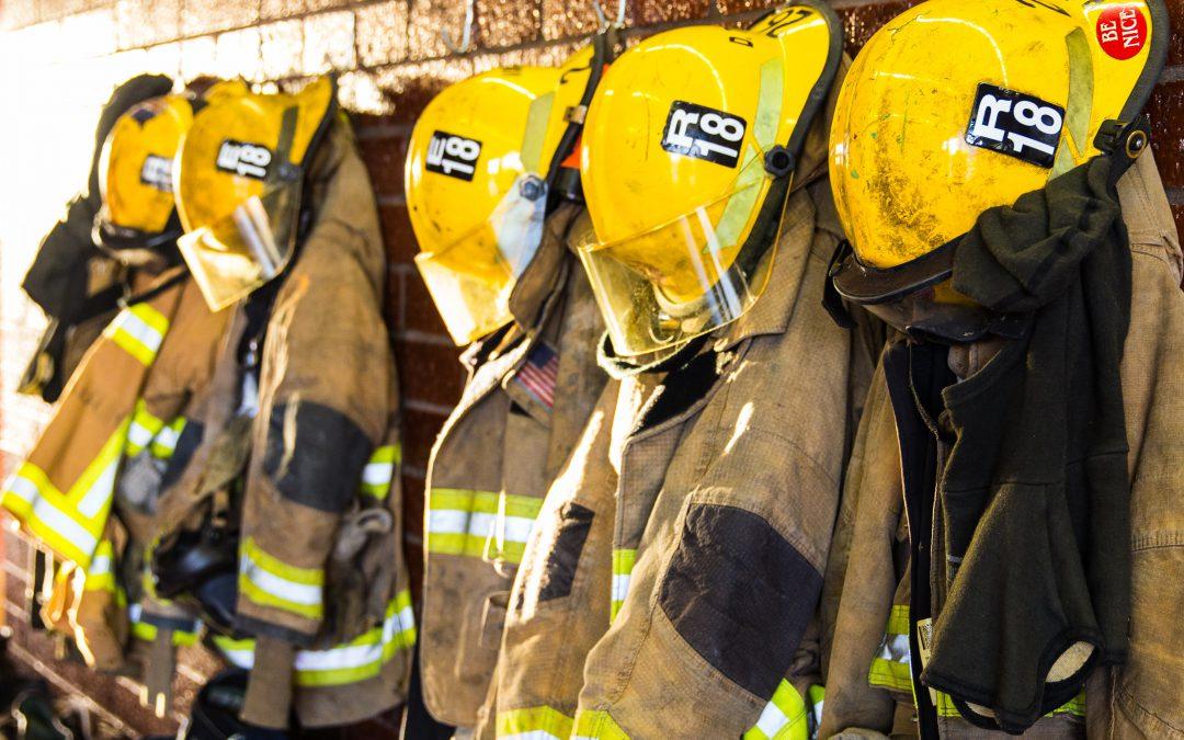 Ce qui fait RÉELLEMENT fuir les pompiers à temps partiel des casernes!